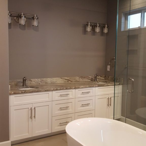 shaker-style-bathroom-cabinet-clarkston-wa